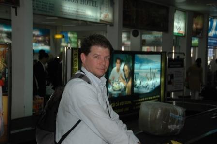 Brett at airport bar in Danang
