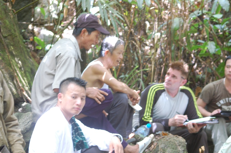 Mr Bay & Mr Do (in T shirt) being interviewed by JPAC investigator at crash site