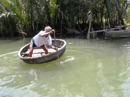 These basket boats are stable, heavy and made of bamboo.