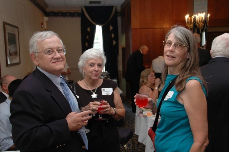 Bob & Joye De Luca and Carol Crockett (Pigott)
