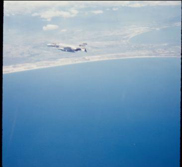 f-4-over-danang-bay-2