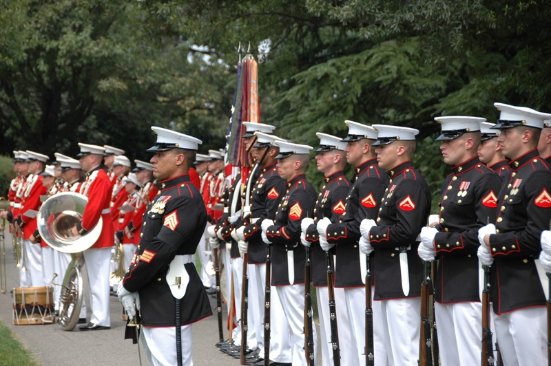 USMC Drum & Bugle Corps & Eigth & I\'s Honor Platoon